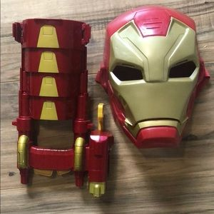 Kid Iron Man accessories